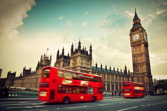 ซัมเมอร์อังกฤษ 2017 เมืองลอนดอน เดือนมิถุนายน 2560