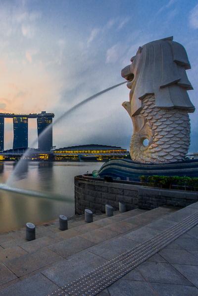 Singapore Banner April 2015